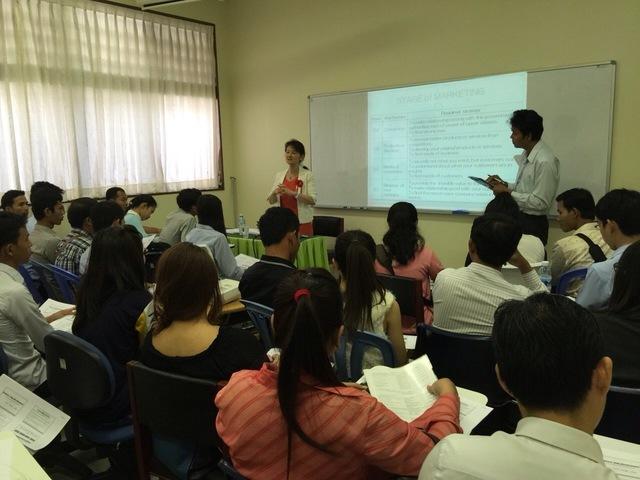 カンボジアセミナー(写真2).JPG